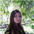 Profesora de biología, ciencias naturales, química (general, orgánica e inorgánica) físico-química, genética, sistemática (animal y vegetal)