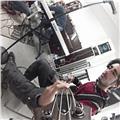 Doy clases de bajo eléctrico, armonía e improvisación