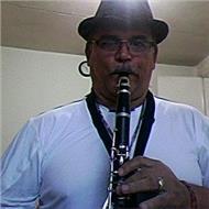 Profesor de clarinete y saxofon flauta traversa