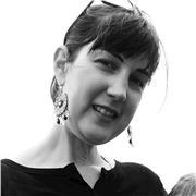 Professeure titulaire du CAPES et diplômée de l'ISIT (Interprétation et traduction), 15 ans d'expérience, en ligne