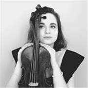 Professeur de violon, je suis diplomée du CNSM de Lyon et donne des cours depuis maintenant plus de 5 ans