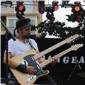Clases de guitarra y bajo