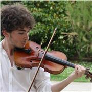 Cours de violon avec un luthier ancien étudiant en Musique et Musicologie !