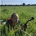Graduado en interpretación de violín imparte clases de solfeo y violín, tenerife