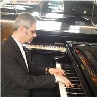 Profesor de piano, organo y teclados