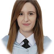 Profesora joven e innovadora de educación primaria