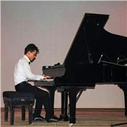 Pianiste depuis 12 ans donne cours de piano pour débutant à Toulouse