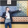 Graduado en química y máster en química analítica se ofrece para dar clases a estudiantes de eso y bachillerato