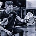Profesor imparte clases individuales online de solfeo y violín