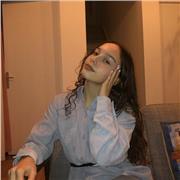 Professeur bilingue (Étudiante en droit anglo-américain à Paris 10)