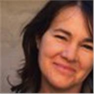 Profesora nativa licenciada en filología polaca con amplia experiencia
