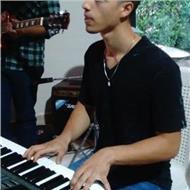 Aprende piano y toca tus canciones favoritas rapido