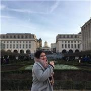 Professeur diplômée d'une licence d'Histoire à Paris 1