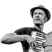 Cours d'accordéon et de guitare, méthode  à l'oreille