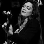 Professeur de formation musicale, guitare, chant jazz donne des cours particuliers de tous niveaux.  8 ans d'expérience dans l'enseignement et 20 ans de passion