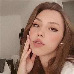 Nina Salhi