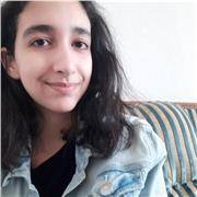 Étudiante diplômée d'une licence de chimie donne cours en petite couronne de Paris